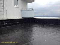 Гидроизоляция крыши жидкой резиной черного цвета