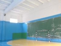 Побелка стен и потолка (спортзал)