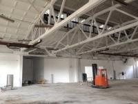 Побелка склада. Общая площадь 7 400 м.кв